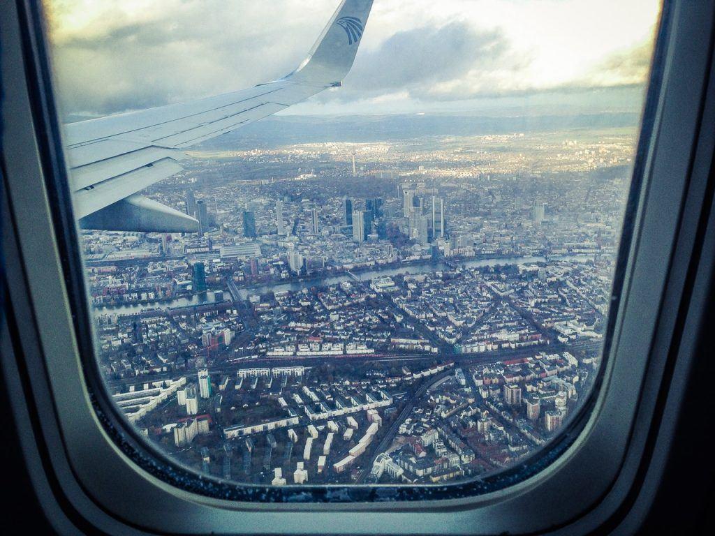 Flight to New York - trainee secondment